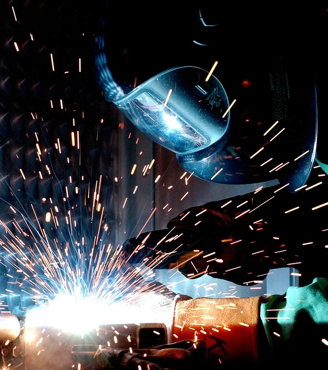 Augmented reality is changing manufacturing - 3RockAR Advertising