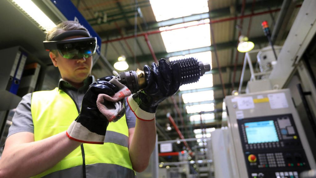 Augmented Reality In Manufacturing: What Will Change? 3RockAR