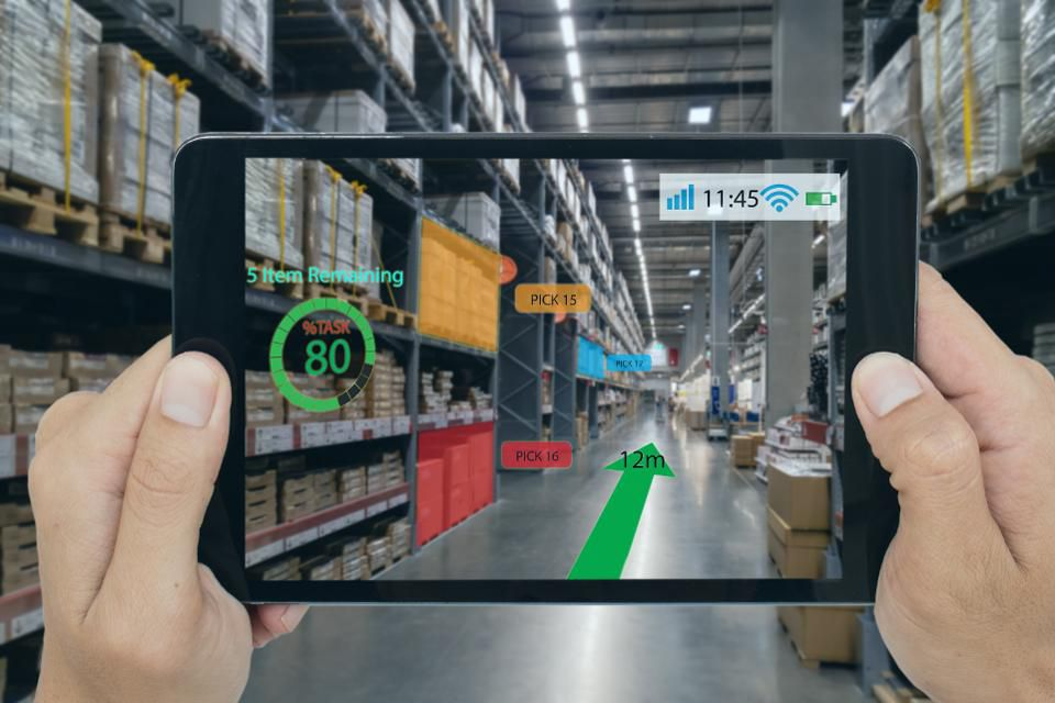 How Businesses Today Are Implementing Augmented Reality | 3rockAR