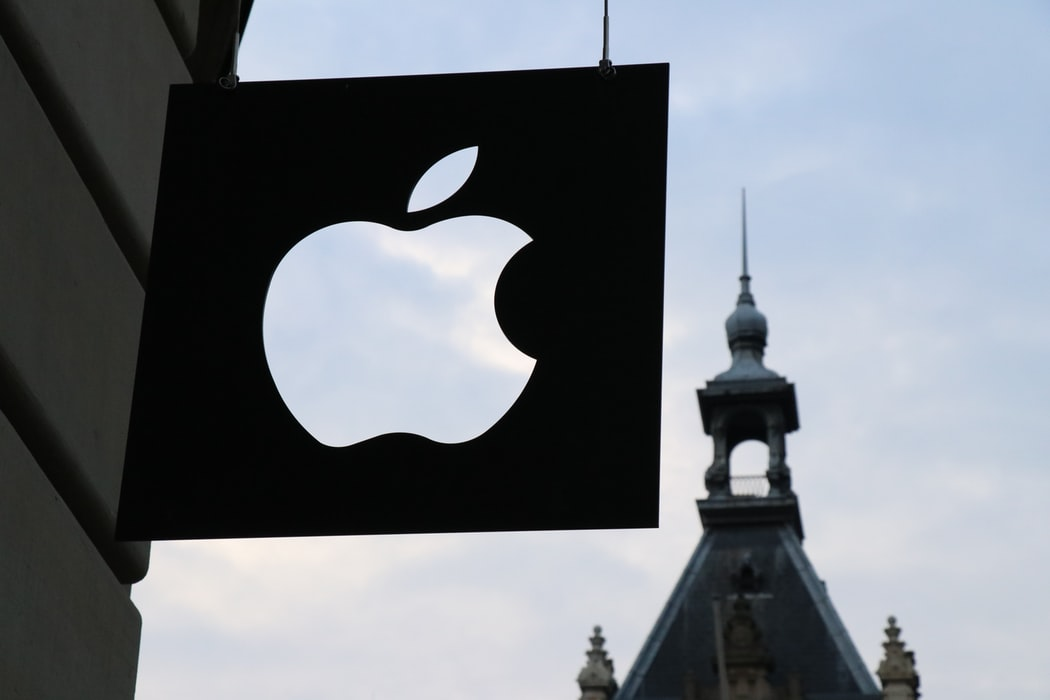 Apple Reportedly Abandons Its Augmented Reality Dreams | 3rockAR