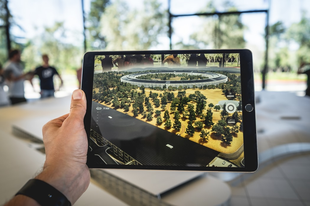 5 Creative Examples Of Augmented Reality In Action | 3rockAR Advertising